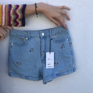 Forever 21 high rise denim embroidered shorts